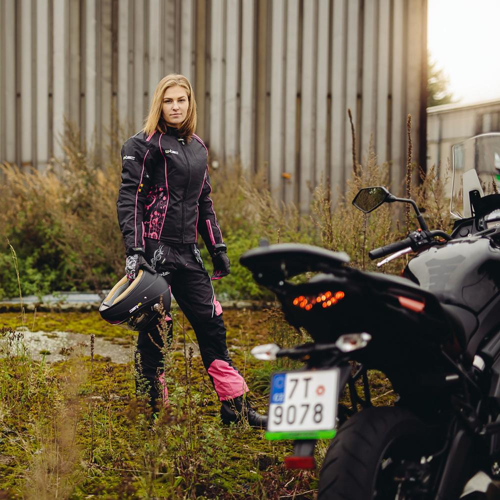 cc6cec8a8000 Női bőr motoros csizma W-TEC NF-6092 - fekete. Női ...